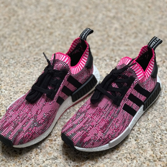 premium selection 236ef 8ab78 Adidas NMD R1 women's pink shoe. Size 11. NWT